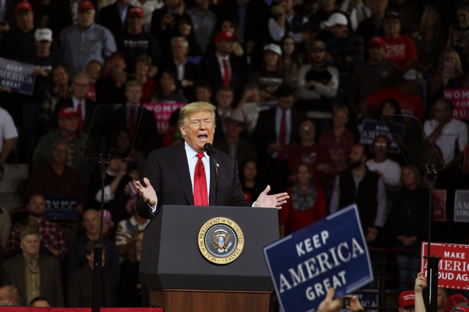 President Donald Trump discusses his political agenda with the crowd at his rally in Topeka, Kansas on Oct. 6. There he spoke of future opponents and other politicians while endorsing some whom he would like to see in office, such as Kris Kobach for governor and Steve Watkins for Senate.