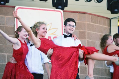 'Hello Dolly' rehearsal shows promising production