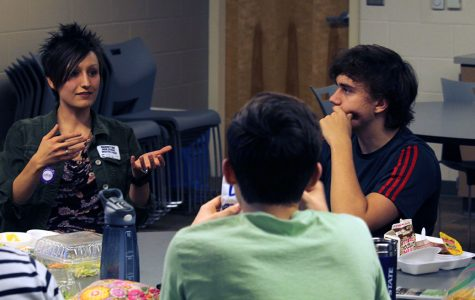 New Science Cafe introduces scientific discussion, student participation