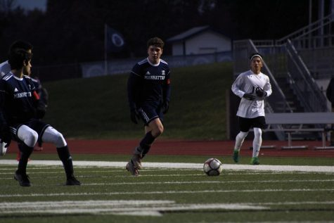 Manhattan boys Varsity soccer wins on the road