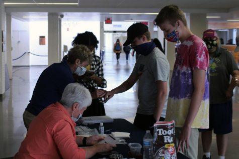 Jostens begins class ring sales